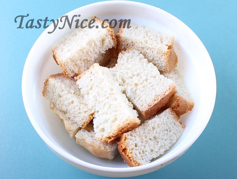 биточки с хлебом